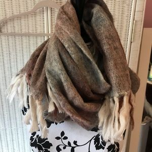 BLUE GRAY LUCKY BRAND WOOL BLEND SCARF NWOT